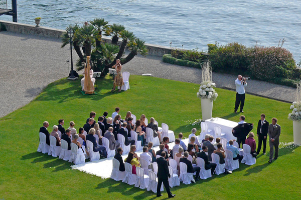 Italia divina wedding planners mariage au lac maggiore for Au jardin wedding