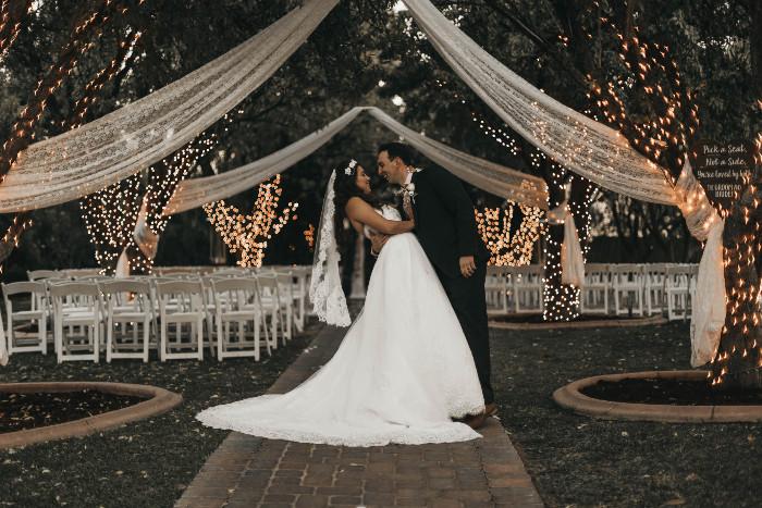 sposi-sposarsi-in-liguria-campagna-cipressa-borghi