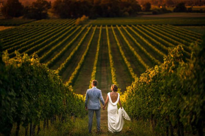 vigneto-sposi-matrimonio-sposarsi-in-liguria-campagna-matirmoni-campestri